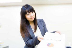 関連キーワード対策を業者に依頼するメリットとデメリット