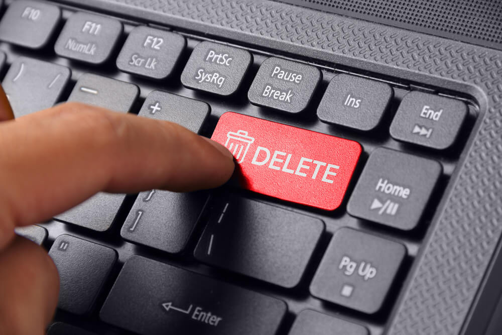 Twitter社に誹謗中傷の削除依頼はできる?